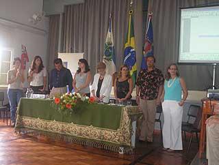 Autoridades na cerimônia.