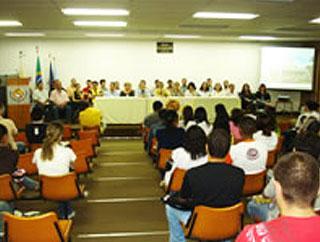 Palestra mobiliza educadores do município de Vassouras