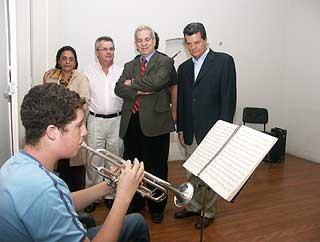 Estudante se apresenta diante de Maculan e Ronaldo Cezar Coelho